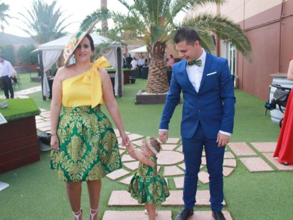 clienta de Fatima Angulo madre e hija a juego para boda